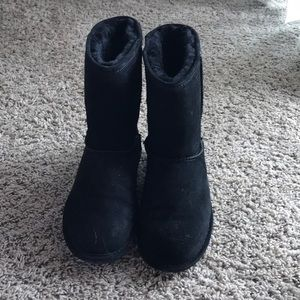 Bearpaw Black Boots